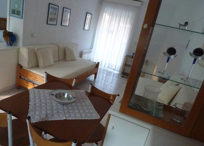 Apartment Veronika in Chanioti