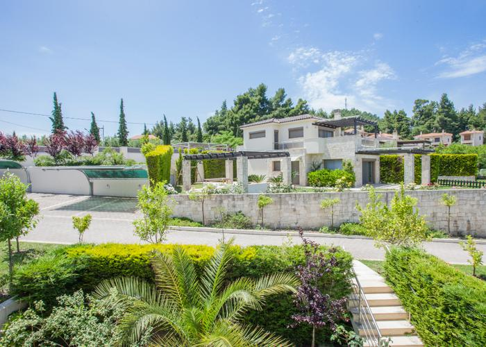 Townhouse Modern in Kassandra