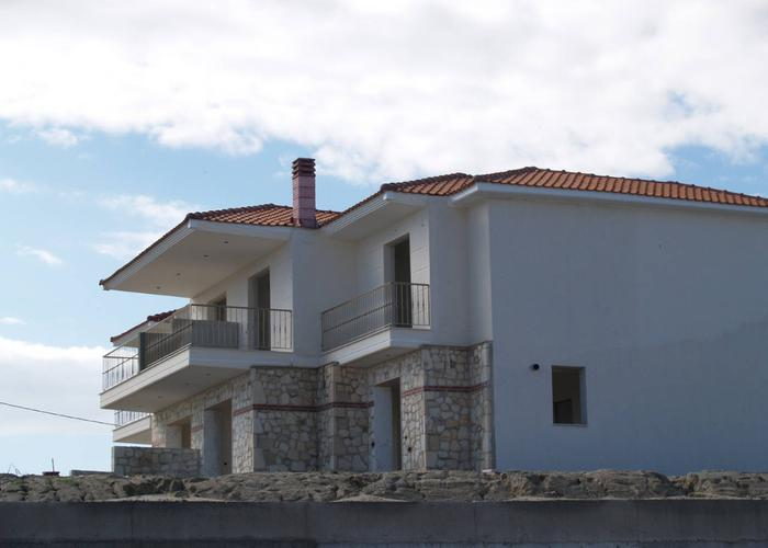 Townhouses Lois in Chanioti Greece