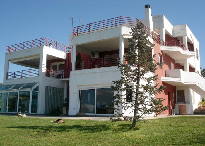 Townhouse in Trilofos Thessaloniki