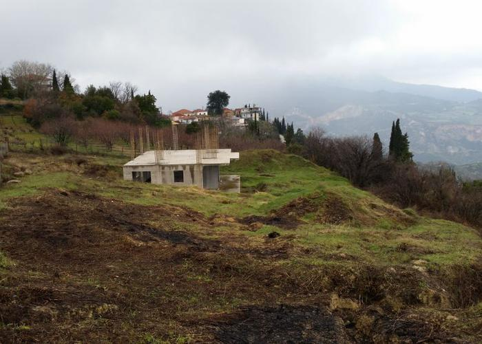 Land plot in Derveni Pyrgos